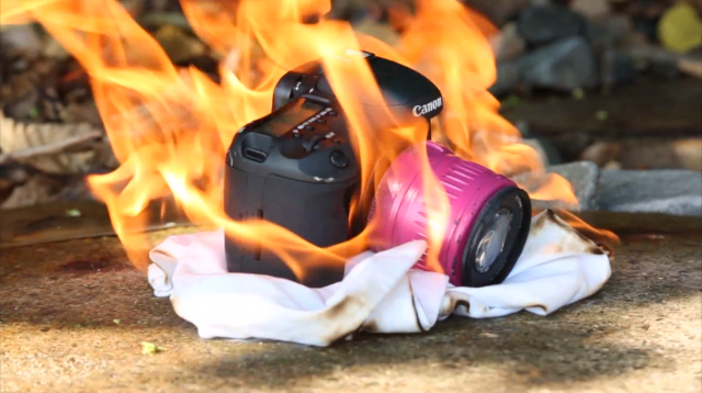Canon-7D-Hardcore-Durability-Test